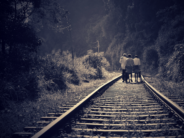 電車に乗るお金が無い人たち