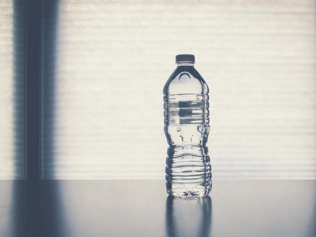 休憩がない工場では水分補給ができない