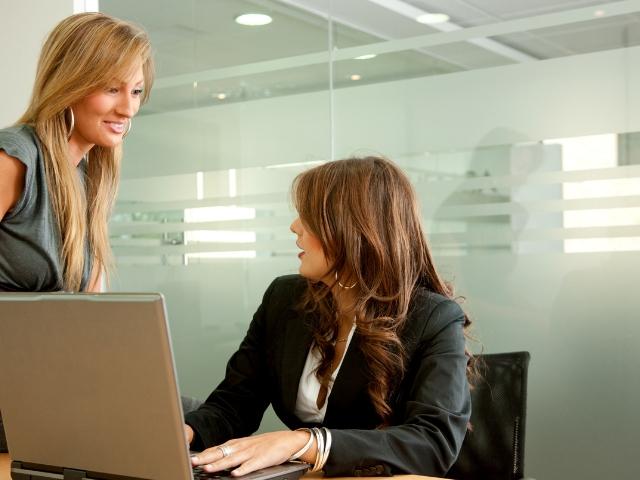ブライダル業界から別業界へ勤めた女性