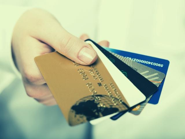 会社員ならクレジットカード審査も通りやすい
