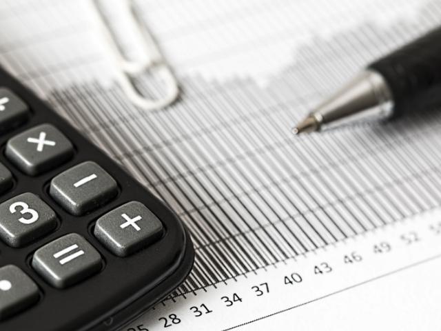 セミリタイアに必要な資産額を計算