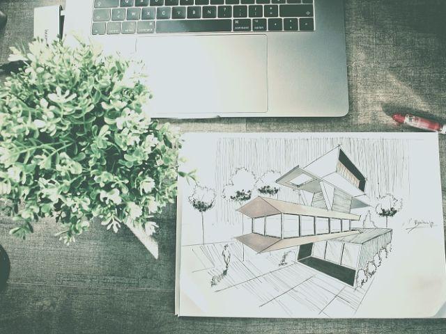 作業中のイラストレーターのデスク