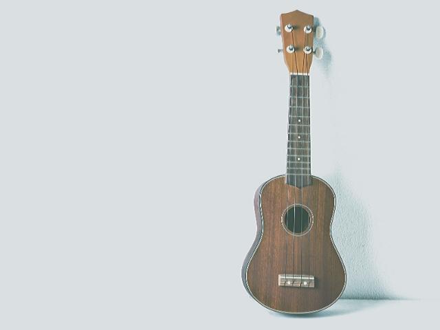 優しいギターみたいなウクレレ